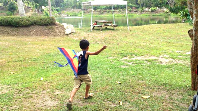 Fly a kite in Bantug Lake Ranch