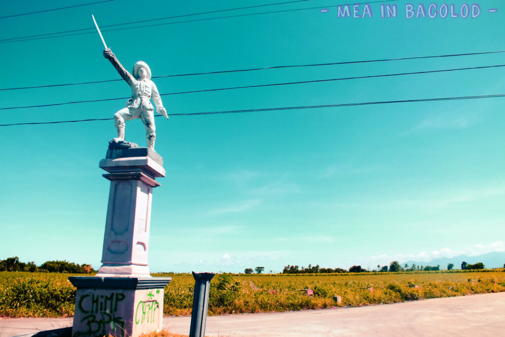 Pepe guarding the Island - Statue of a hero in Negros Occidental