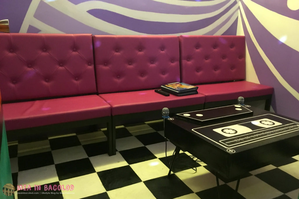 9-retro-ktv-bacolod-purple-ktv-room