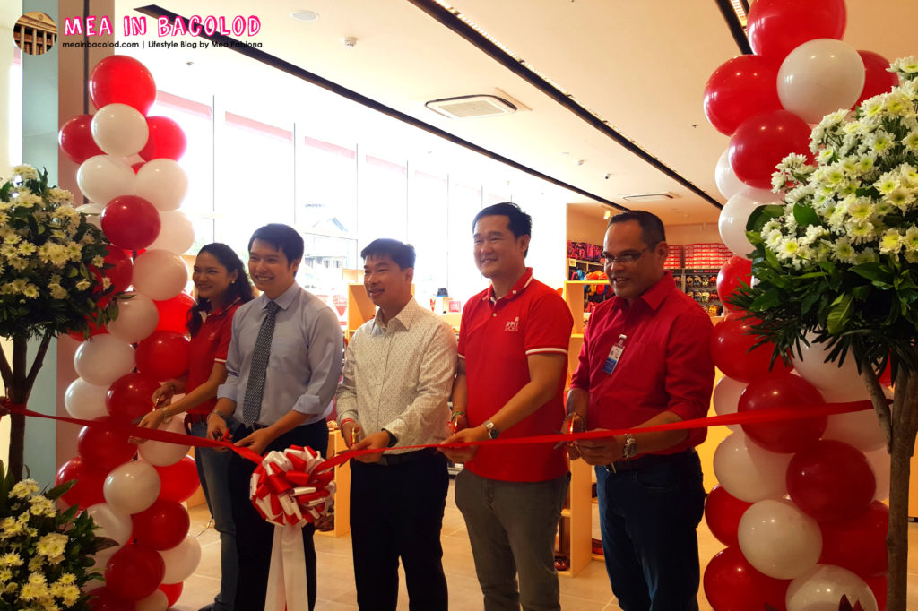 Simply Shoes Ribbon Cutting | Mea in Bacolod